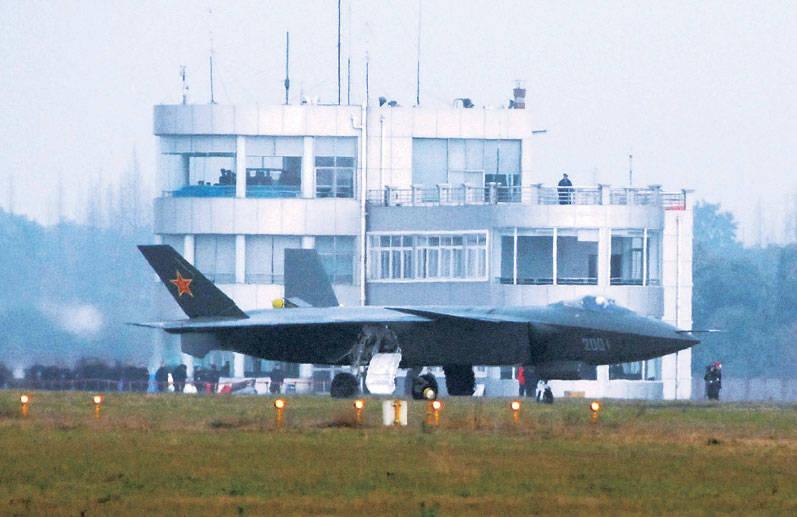 Águila o oso? ¿Quién tiene el último avión de combate: Estados Unidos o Rusia? (Diario del pueblo, China)