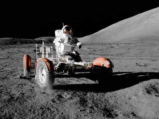 NASA, 소행성 탐사와 달 기지 선택