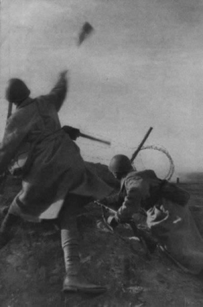 आपको जर्मनों के लड़ने के स्वागत के बारे में लाल सेना के योद्धा को जानने की आवश्यकता है