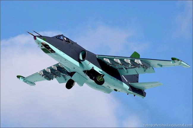 Pilotos do Distrito Militar do Sul testaram o Su-25SM3