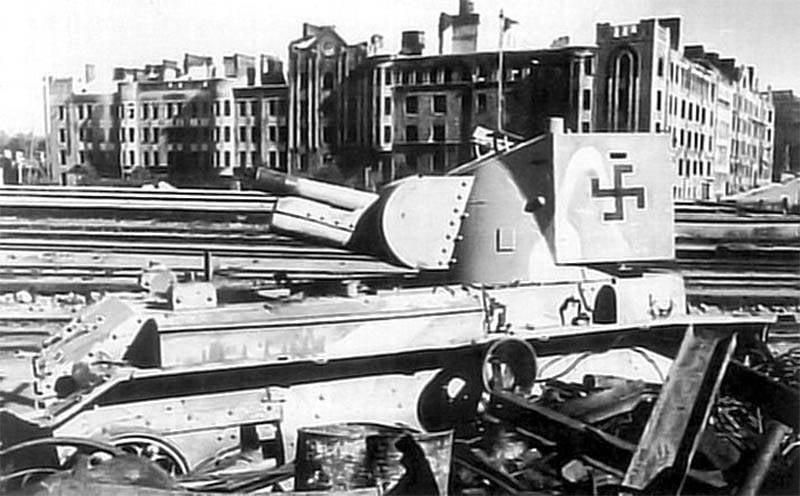 ग्रुप में आर्टिलरी टैंक