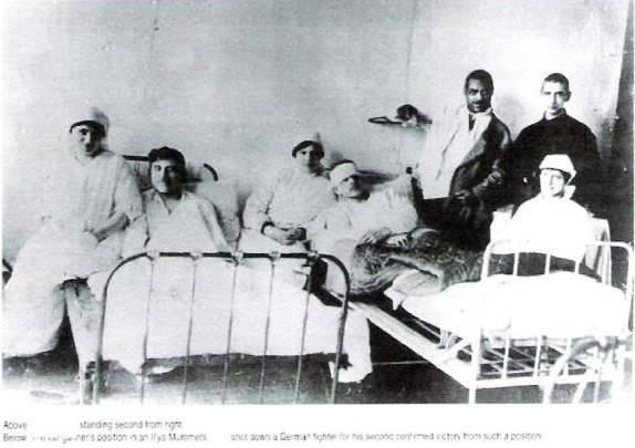 Marcel Pla, visitando companheiros no hospital