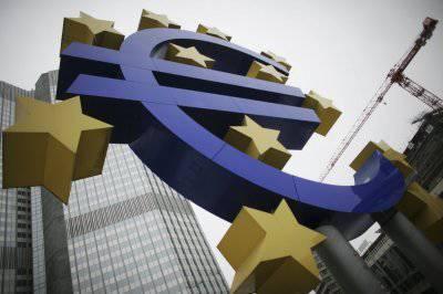 Хор экономистов: в кризисе виновата единая европейская валюта