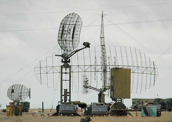 Die Umrüstung der in der Luftverteidigung der Moskauer Zone in Alarmbereitschaft befindlichen radiotechnischen Einheiten der EKR-Truppen geht weiter
