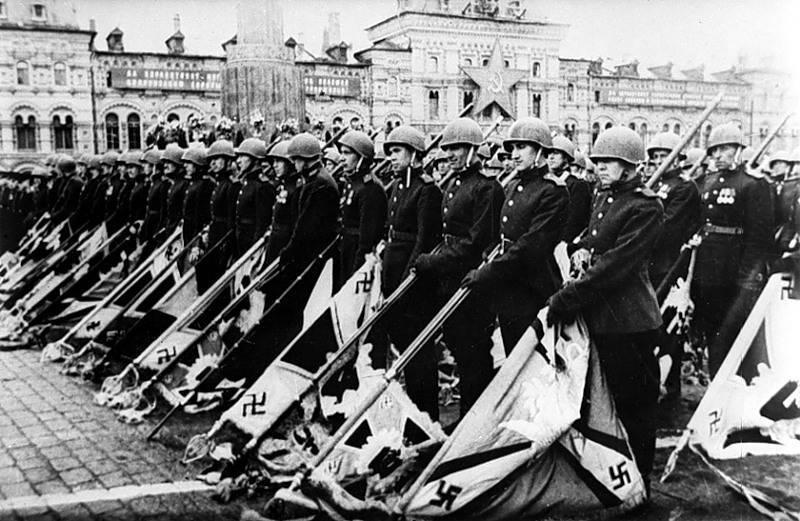 9 мая перед Советским Союзом капитулировала не только Германия, но и весь Запад (рекомендуется)