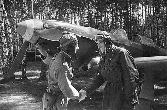"""Escuadrón """"Normandía - Neman"""" en los frentes de la Segunda Guerra Mundial"""