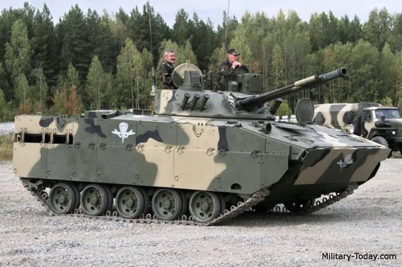 """O principal equipamento de combate das Forças Aerotransportadas será o BMD-4M, """"Tigers"""" e """"Kamaz"""""""