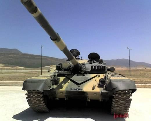 La modernisation de Nizhny Tagil T-72 a vaincu «un étranger» sud-africain en Algérie