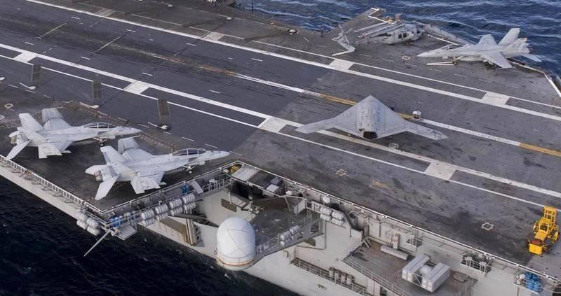 Ударный американский беспилотник X-47B впервые взлетел с авианосца