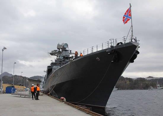 """러시아 - 노르웨이의 가르침 """"Pomor-2013"""""""