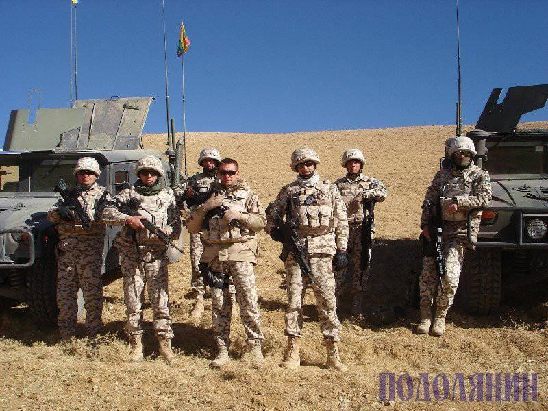 乌克兰维和人员定期轮流在阿富汗。