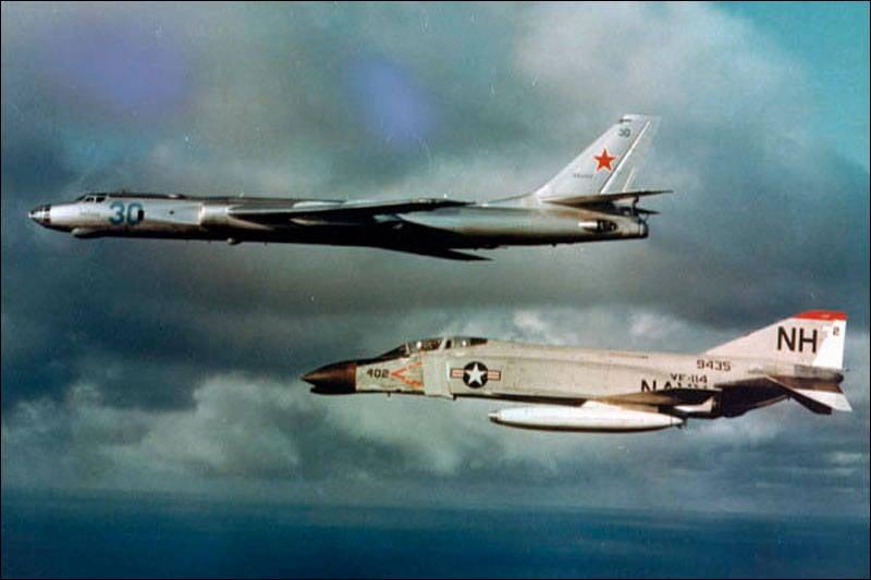 Langstreckenbomber TU-16