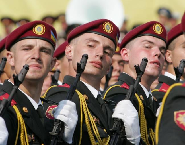 Das Ministerkabinett der Ukraine genehmigte das Militärreformprogramm für 16,4 Milliarden Dollar