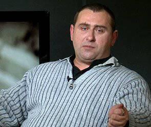 Maxim Kalaschnikow: Zeit für Narren und Idioten