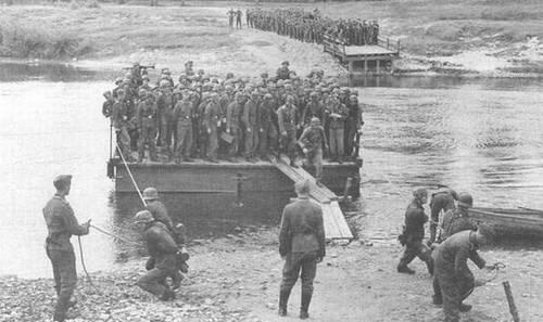 """Major der SS-Division """"Galizien"""" Jewgeni Lauf: """"Die Deutschen haben uns erlaubt, nur in den Ställen zu schlafen"""""""