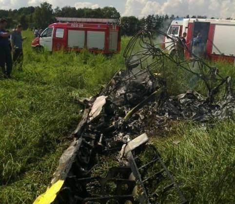 モスクワ地域の民間航空機でStrizhiアクロバットチームの元パイロットが墜落