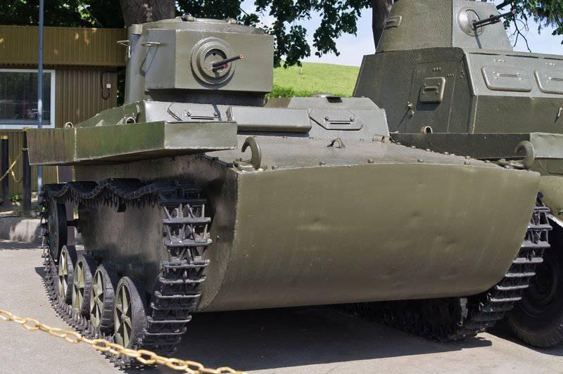 Serbatoio anfibio T-38