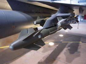 La fuerza aérea francesa en Mali utilizó una nueva arma de alta precisión con un sistema de guía láser.