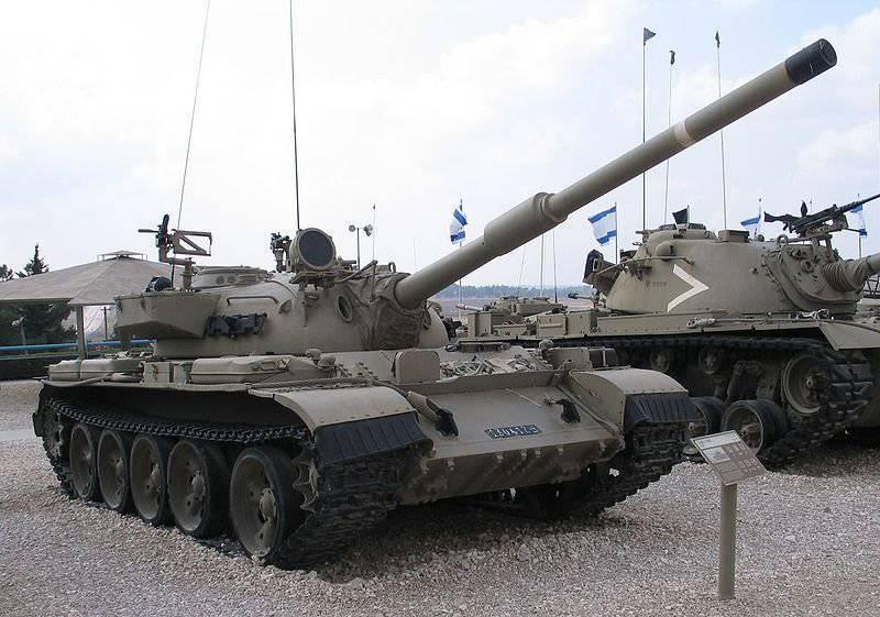 Modernizzazione estera di serbatoi T-54 / 55