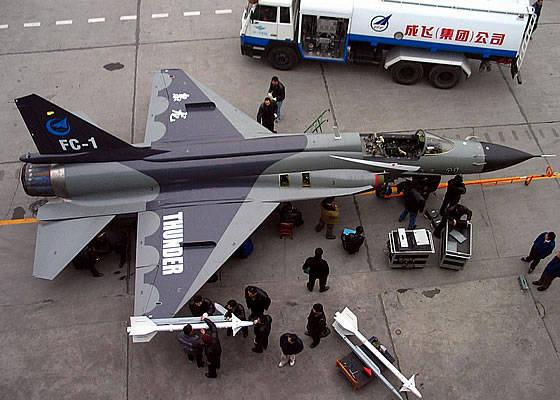 Аргентина ведет переговоры с Китаем о совместном производстве истребителей JF-17 «Тандер»