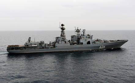 海军的舰队间分组在大西洋开始了一场运动