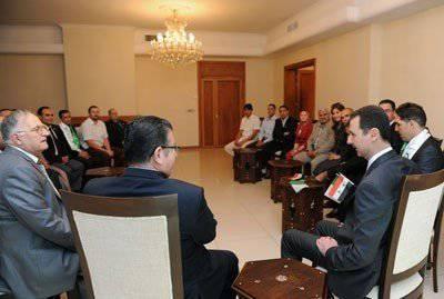 Il presidente siriano riceve gli ospiti dall'Algeria, mentre i terroristi attendono le armi da Riyad
