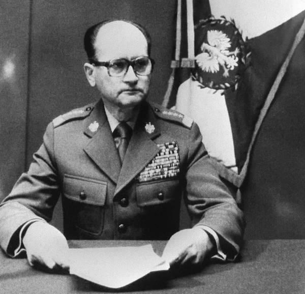 General Jaruzelski als Patriot seines Landes, der für alles antwortete