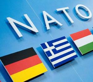 НАТО издали и изнутри
