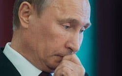 The split of the world elite forces Putin to decide who he is