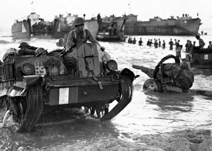 시실리에 연합군의 상륙이 독일 작전 성채를 종결 한 이유로 간주 될 수 있습니까?