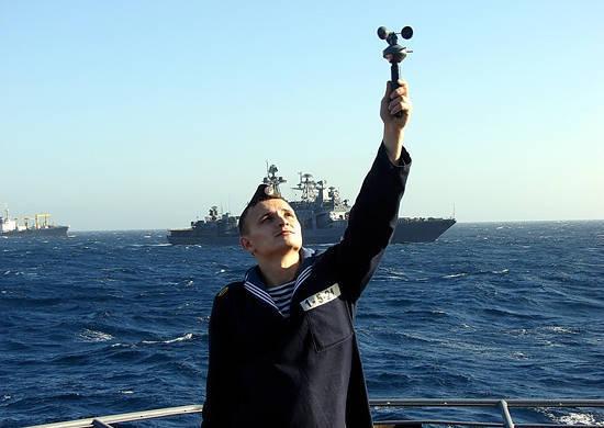 在大西洋形成的俄罗斯海军战舰的舰队间分离