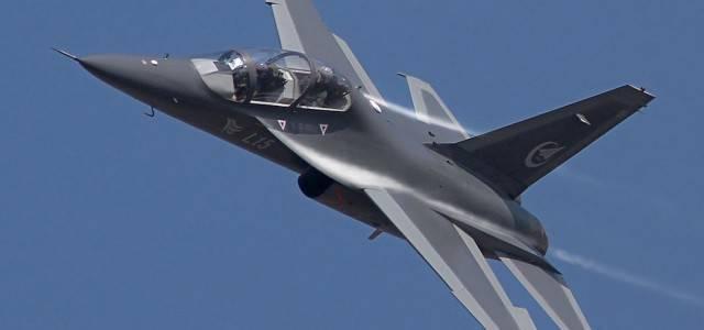 Начались испытания JL-10 (L-15) на боевое применение оружия