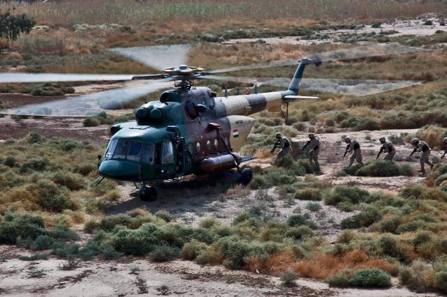 辩论价格。 在美国,当局正在争论俄罗斯Mi-17直升机的价格