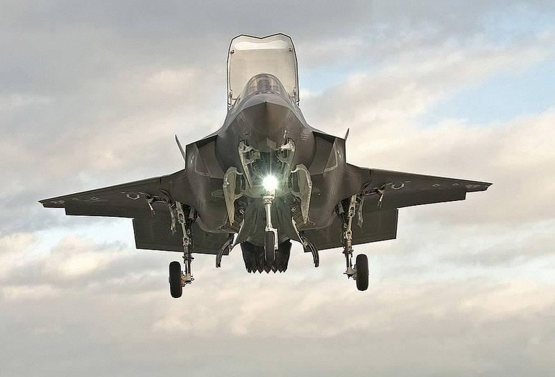 米国とその同盟国が世界で最悪の新しい戦闘機にどうやって動けなくなったのか