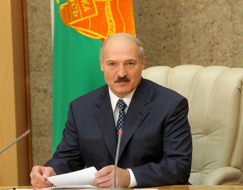 """벨로루시의 군사 통합 : 루카 첸코 (Lukashenko)는 """"실질적 이행"""""""