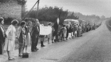 "El Camino Báltico: ¿vida sin esperanza? (""Neatkarigas Rita Avize"", Letonia)"