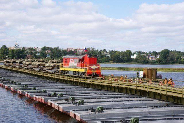 Sous Yaroslavl expérimenté un nouveau pont de pont ferroviaire IMZH-500