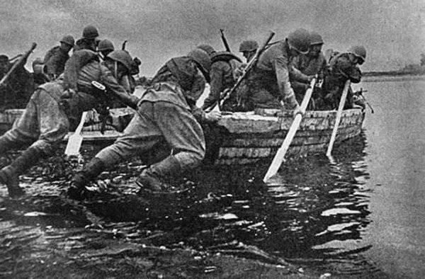 À l'anniversaire 70 de la bataille du Dniepr. Offensive soviétique sur la rive gauche. Partie de 2