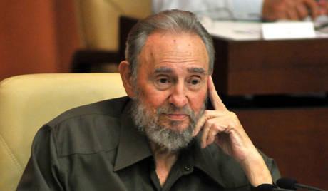 """Fidel Castro: """"私はスノーデンの行為の勇気を賞賛します"""""""