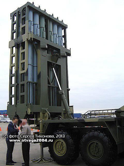 Перспективный зенитный ракетный комплекс 50Р6 «Витязь» системы С-350 на авиасалоне МАКС-2013