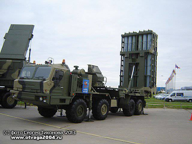 "Perspective anti-aircraft missile system 50Р6 ""Vityaz"" of the C-350 system at the MAKS-2013 air show"