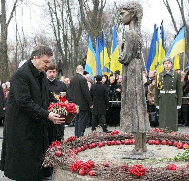 Yanukovych and the topic of the famine in Ukraine: the government is different - the ideology is the same
