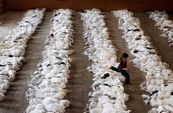 """地缘政治拼图:决定叙利亚的命运,参议员麦凯恩玩扑克,CNN通过招聘演员射杀叙利亚""""新闻"""""""