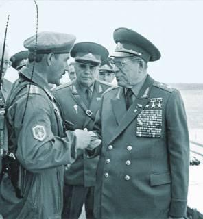 कॉमरेड कमांडर। जनरल जॉर्ज Shpak के चार युद्ध