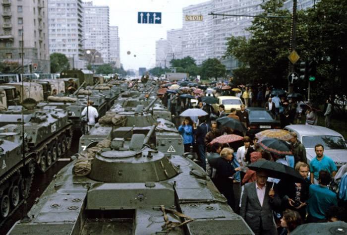 为什么军队没有成为苏维埃国家的最后据点?