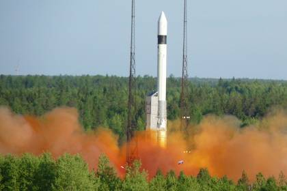 "Rocket ""Rokot"" put into space three satellites"