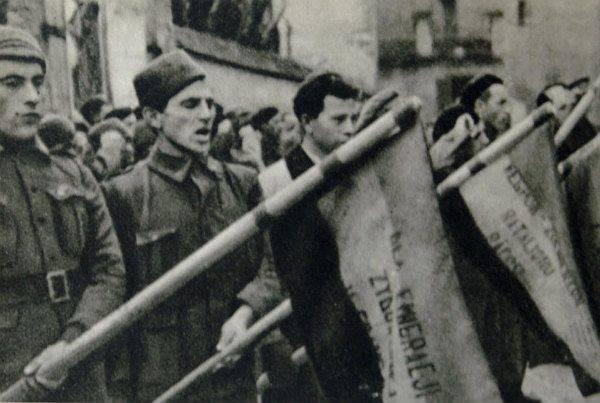 Cómo los ucranianos organizaron revoluciones en todo el mundo.