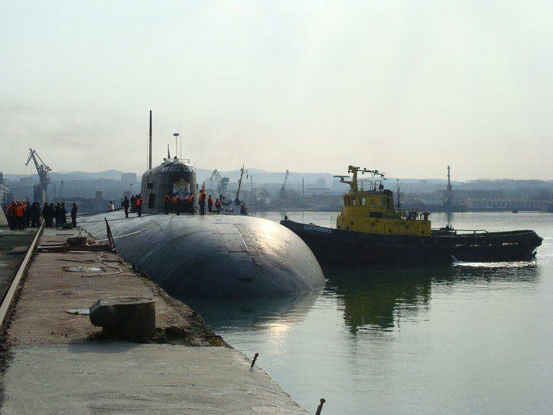 "The fire on the submarine ""Tomsk"" and its consequences"