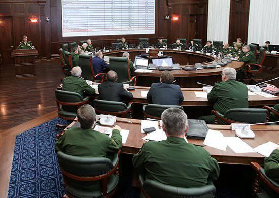 国防部委员会:正在实施军事改革计划