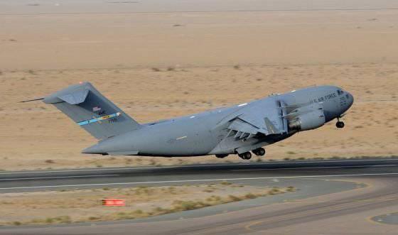 보잉, C-17 생산 중단